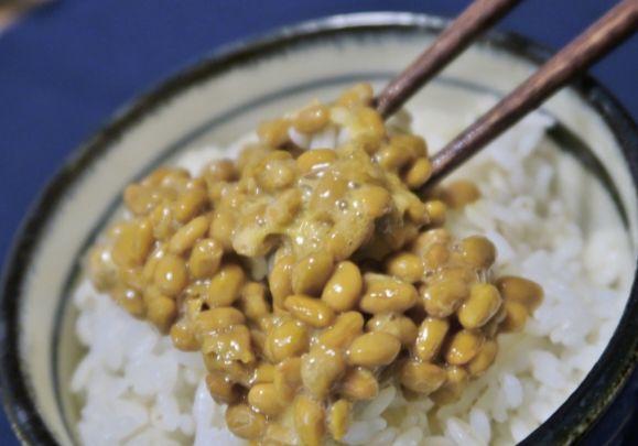 納豆 白いつぶつぶ